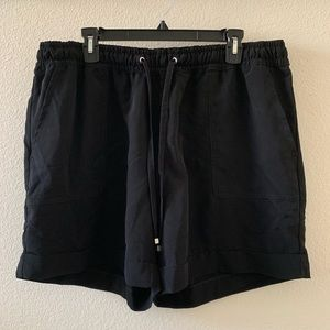 H&M Plus Black Polyester Shorts with Tie Waist